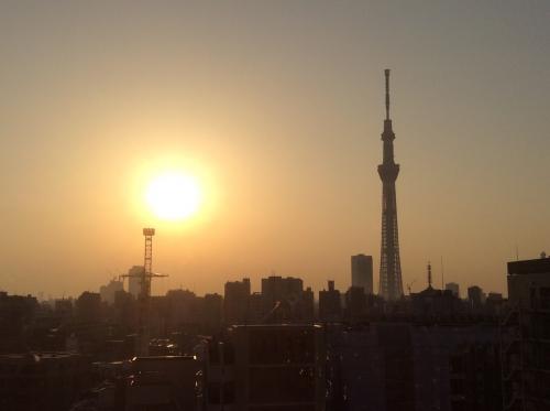 スカイツリーと朝日01