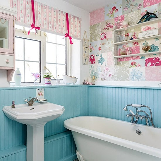 Bathroom--1970s-house--PHOTOGALLERY--Style-at-Home--Housetohome.jpg