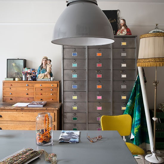 Industrial-style-home-office-with-oversize-pendant-lamp.jpg