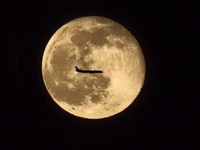 月飛行機_R