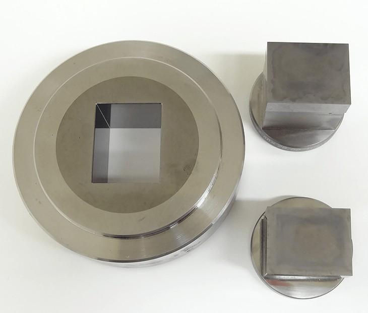 粉末成型金型(角柱ダイス)