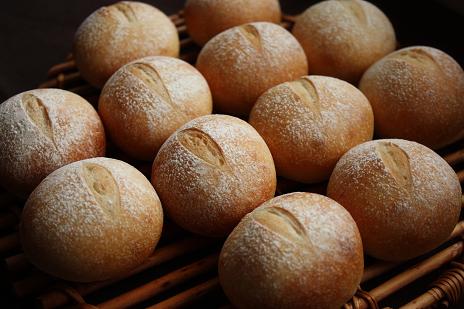 あこ酵母基本の丸パン