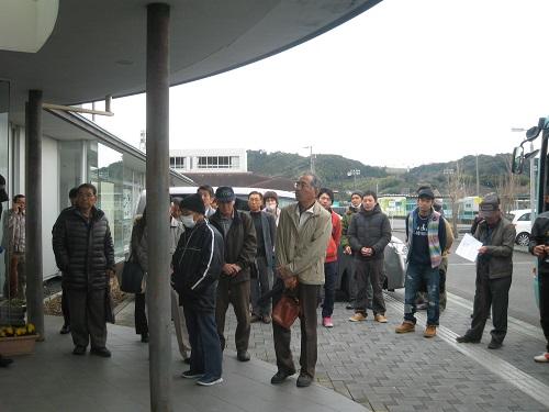 坂部茶業委員会さんの呼びかけで若い農業後継者さんも参加です!