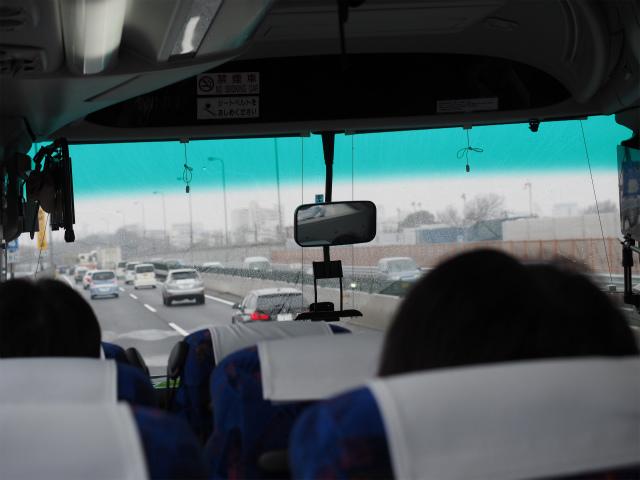 海老名JCT〜寒川北インター間開通イベントに向かう車中。多分外環道との中央JCT付近。