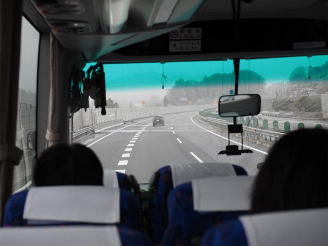 元八王子バス停の先です。渋滞多発箇所でしたが、付加車線追加で渋滞が緩和されました。