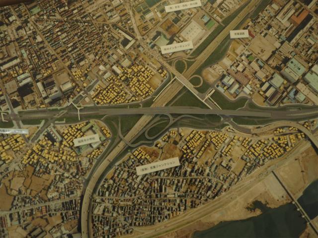 京葉JCT。旧鬼高PA代替の市川PAが見当たらない。