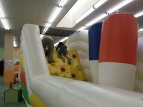 【子供と遊ぶ】 子供の究極の遊び場!アメイジングワールド「ルララこうほく店」に行く!多摩センター店より動線がいまいち?