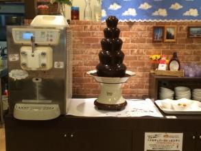 ヴォーノ・イタリアのチョコレートファウンテン