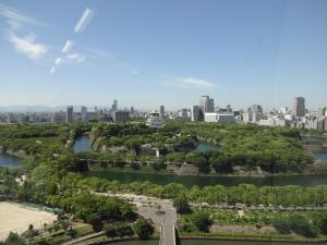 夏の空と大阪城