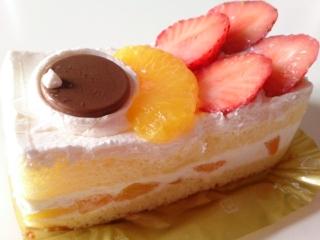 ローソン こどもの日フルーツショートケーキa