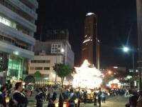 201505 浜松まつりアクトタワーと屋台