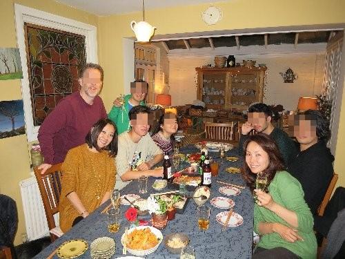 最初の夕食パーティー