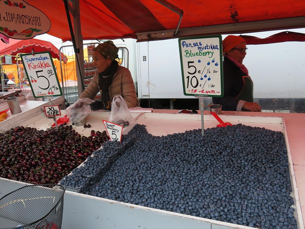 Kauppatori Helsinki マーケット市場 ベリー