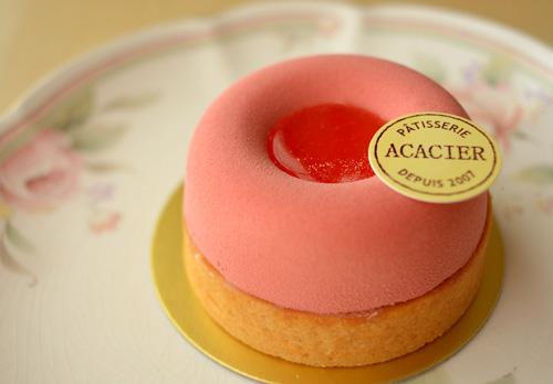 【ケーキ】アカシエ「ピュイ・ド・フランボワーズ」 (2)