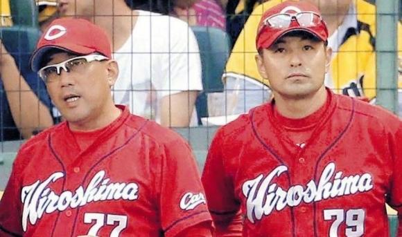 野村前監督と緒方新監督
