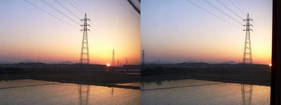 近鉄特急からの夕陽②(平行法)