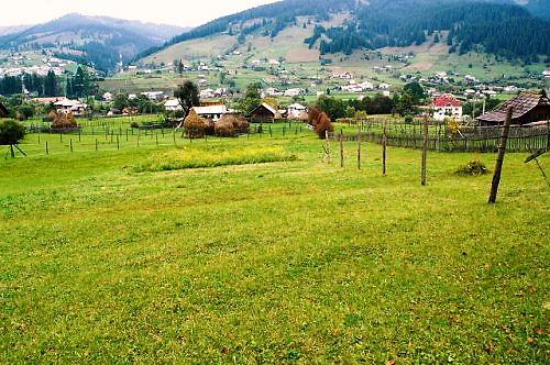 05 500 romania 里山風景