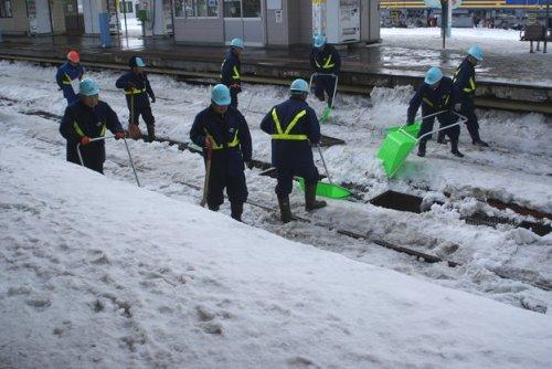 04 500 Cleaning rails Aomori