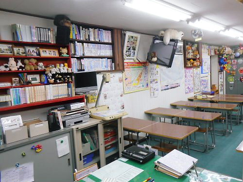 06 500 20150403 LL-dolls in LL-room 03 south-side in LL-room02overview