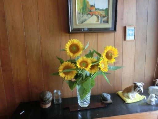 向日葵を飾る1