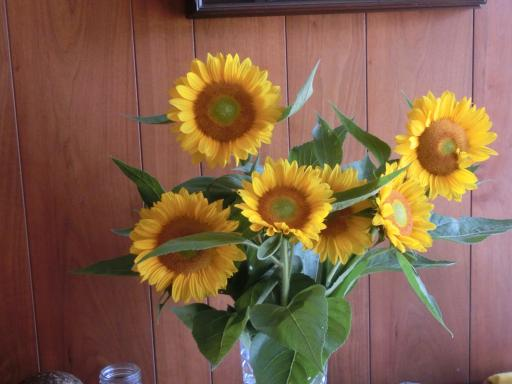 向日葵を飾る2