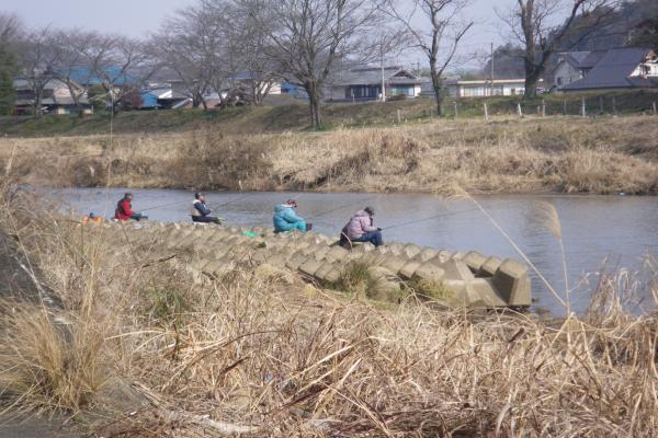 寒バエ釣り師達