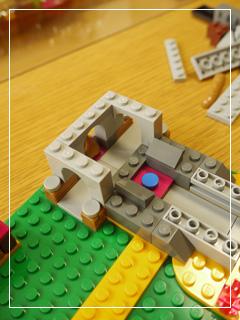 LEGOAzariAndTheMagicalBakery08.jpg