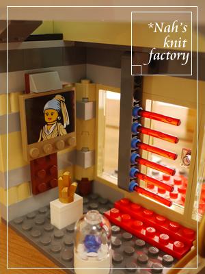 LEGOMuseumBreak-in48.jpg