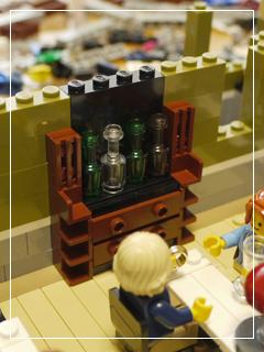 LEGOParisianRestaurant35.jpg