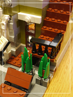 LEGOParisianRestaurant44.jpg