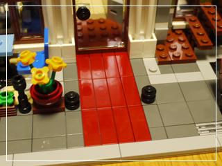 LEGOParisianRestaurant46.jpg