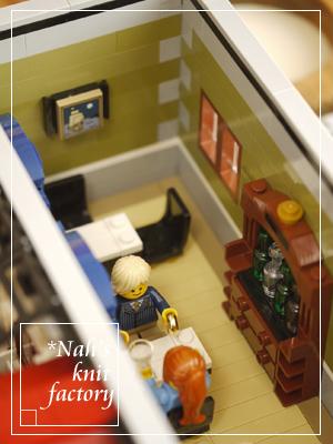 LEGOParisianRestaurant57.jpg