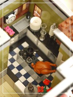 LEGOParisianRestaurant60.jpg