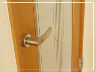 doorknob01.jpg