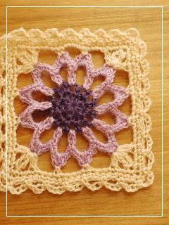 flowerMotif131-04.jpg