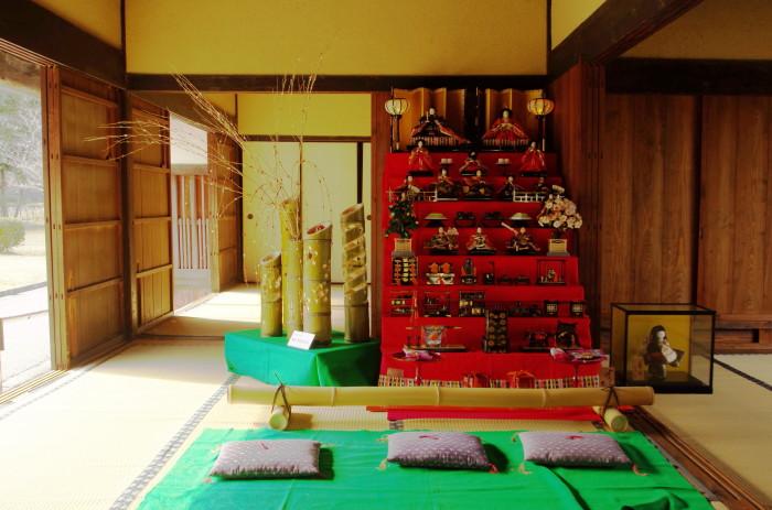 民博 雛飾り