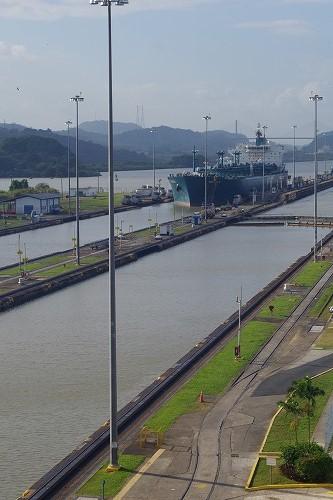 パナマ運河 (16)