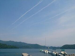 20150527 3本の飛行機雲