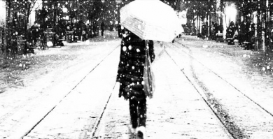 雪 ひとり 傘