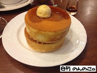 星乃珈琲店スフレパンケーキダブル