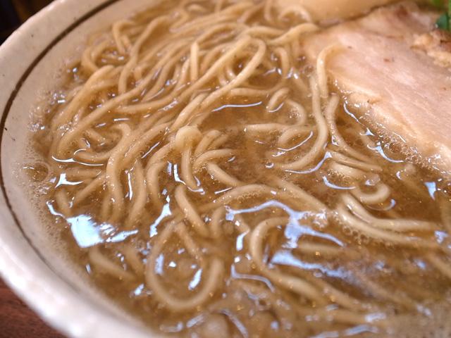 追い煮干しの醤油麺拡大