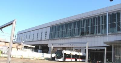 富山駅から出てくるサントラム