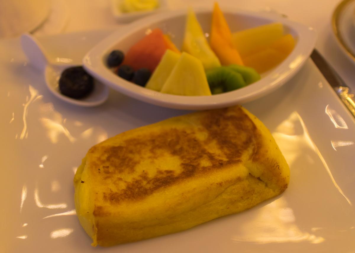 オーキッドルームのフレンチトースト(5)