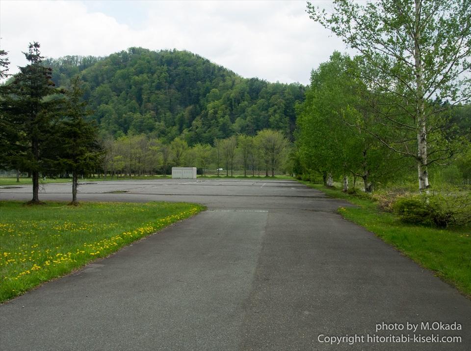 岩尾内湖の駐車場