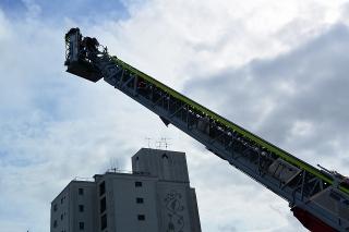 消防本部・中消防署本署 中はしご車