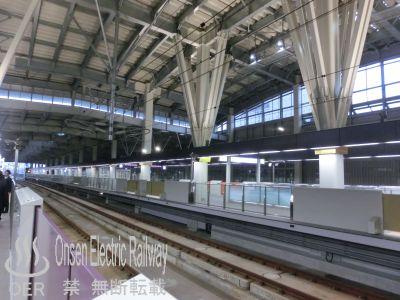 02_kanazawa_station.jpg