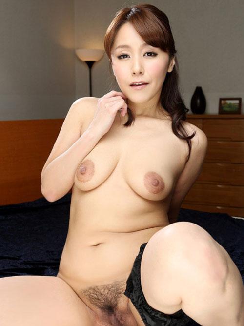 ヌキまSHOW 【エロ動画】吉田あいり 足ピンオナニー |