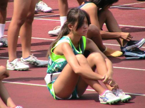 女子陸上選手の鍛え抜かれたアスリートボディに感心しつつシコリンヌwww(画像)