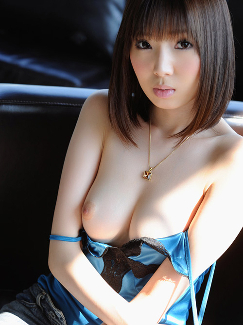 堀江クララ 美麗な柔肌ヌード