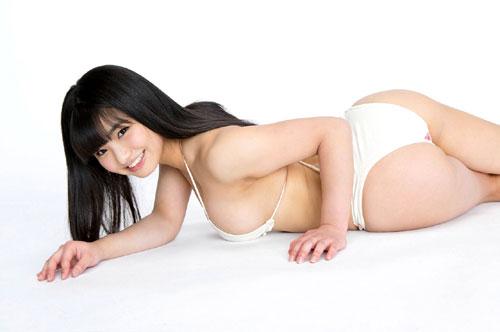 片岡沙耶ミルキーグラマーおっぱい